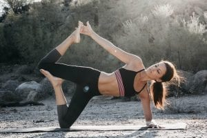 Read more about the article 5 poses to tone and tighten your body with yoga